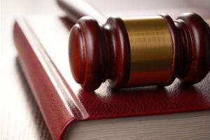 Как разделить вклады в банке и счета супругов при разводе