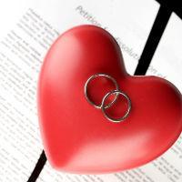 Возможен ли развод при отсутствии одного из супругов