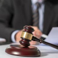 В каких случаях закон предусматривает освобождение от уплаты алиментов
