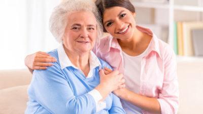 Как оформить пособие по уходу за пожилыми людьми старше 80 лет