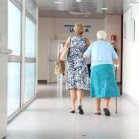 Как оформить пособие по уходу за пенсионером старше 80 лет