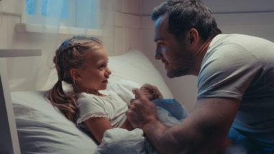 Что нужно делать чтобы оставить ребенка с отцом после развода супругов