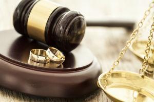 Последствия вступления в брак до совершеннолетия